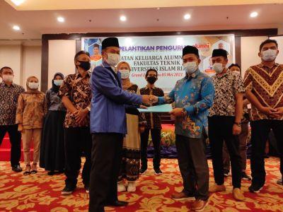 DPP IKA UIR Lantik Pengurus IKA Teknik Universitas Islam Riau Periode 2021 - 2025